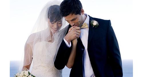 γάμος.